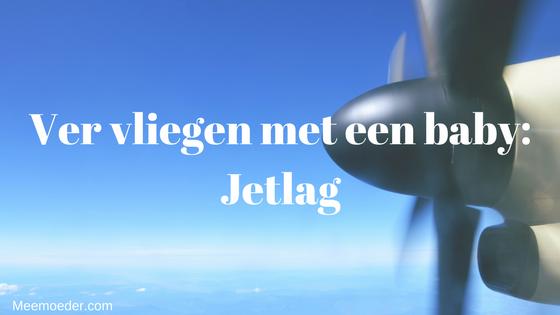 'Ver vliegen met een baby: Jetlag.' Ga je binnenkort vliegen met baby en wil je weten hoe je die jetlag dragelijk kunt maken voor jou en je baby? Lees het hier! http://bit.ly/JetlagBaby