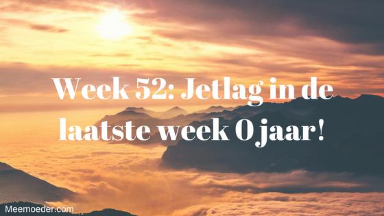 'Week 52: Jetlag in de laatste week 0 jaar!' Deze week is het de laatste week dat Sebastiaan 0 jaar is. Hij brengt de tijd vooral door met bijkomen van zijn jetlag. Ook krijgt hij nog twee vaccinaties in zijn benen gespoten op het consultatiebureau. Lees het hier: http://bit.ly/Wk52Jetlag