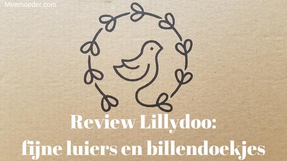 'Review Lillydoo: Fijne luiers en billendoekjes' Luiers: ze zijn een noodzakelijk goed voor je baby of peuter. Een paar weken terug zag ik een nieuw merk op Facebook: Lillydoo. Deze mocht ik gelijk proberen van ze en nu kun jij daarvan mijn review lezen. Ik kan je alvast verklappen: de luiers van Lillydoo zijn vriendelijk voor de huid én ze hebben een ontzettend goede pasvorm. Lees het snel: http://bit.ly/LillydooReview