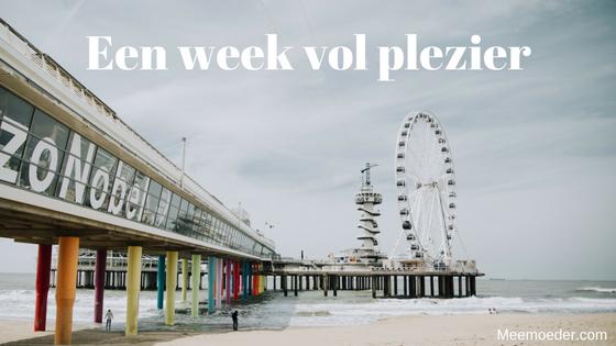 'Een week vol plezier' Sebastiaan gaat deze week naar het strand, door Den Haag wandelen met mama, op lunchbezoek bij de andere mama, met zijn tante op pad, logeren in Groningen en naar het wijkfeest om de hoek. Zo, wat een plezier! En dan pronkt daar ook ineens zijn eerste kies. Lees het hier: http://bit.ly/WkPlezier