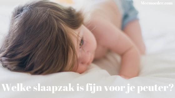'Welke slaapzak is fijn voor je peuter?' In het begin heeft je baby vaak nog inbakerslaapzakken of heel kleine slaapzakken. In een eerdere blog vertelde ik je welke slaapzakken fijn zijn voor de leeftijd van 0-6 maanden. Maar je kleinte blijft groeien en is op een gegeven moment een heuse peuter. Welke slaapzakken zijn dan fijn? In deze blog laat ik je zien welke acht slaapzakken goede beoordelingen krijgen van andere ouders: http://bit.ly/SlaapzakPeuter