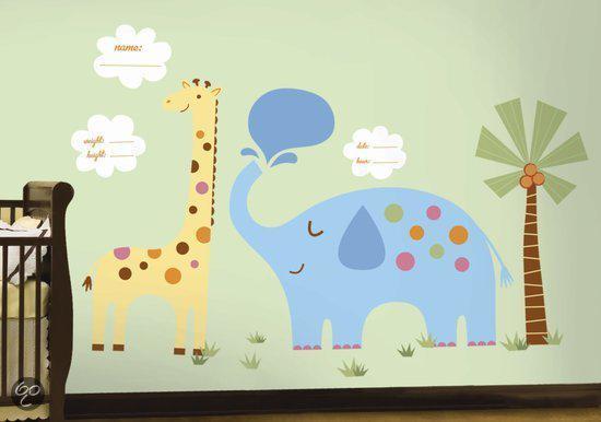 '7x Een Bijzondere Muursticker Voor De Kinderkamer' Muurstickers zijn een makkelijke manier om je kinderkamer of babykamer in een handomdraai bijzonder te maken. Je hebt muurstickers in alle soorten en maten maar in deze blog wilde ik me echt richten op de meest bijzondere die ik tegenkwam in mijn zoektocht: http://bit.ly/7Muurstickers
