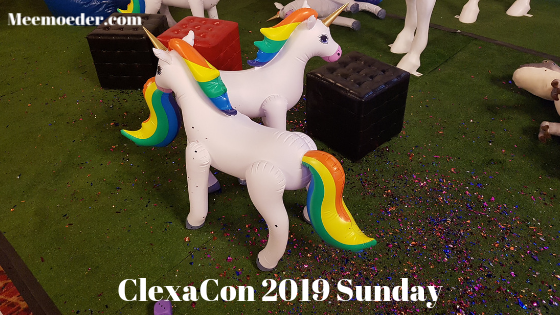 'ClexaCon 2019 Sunday' ClexaCon 2019 Sunday was a slower day as everybody was saying their goodbyes, visiting the final panels, and facing the first signs of post-con blues. I tell you all about it in this blog post: http://bit.ly/CC19Sun